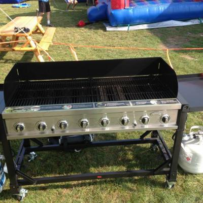 Grill With Propane Tanks
